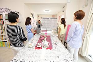 日本初の女性専用・少人数制話し方スクール「シュクル声磨きサロン」